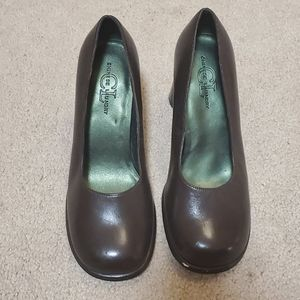 Chinese Laundry block heels size 7 1/2